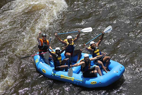 white water rafting smokies gatlinburg pigeon forge to do with family